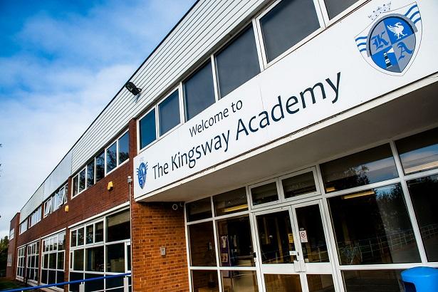 Du học Canada lớp 12 - Trung học Kingsway Academy