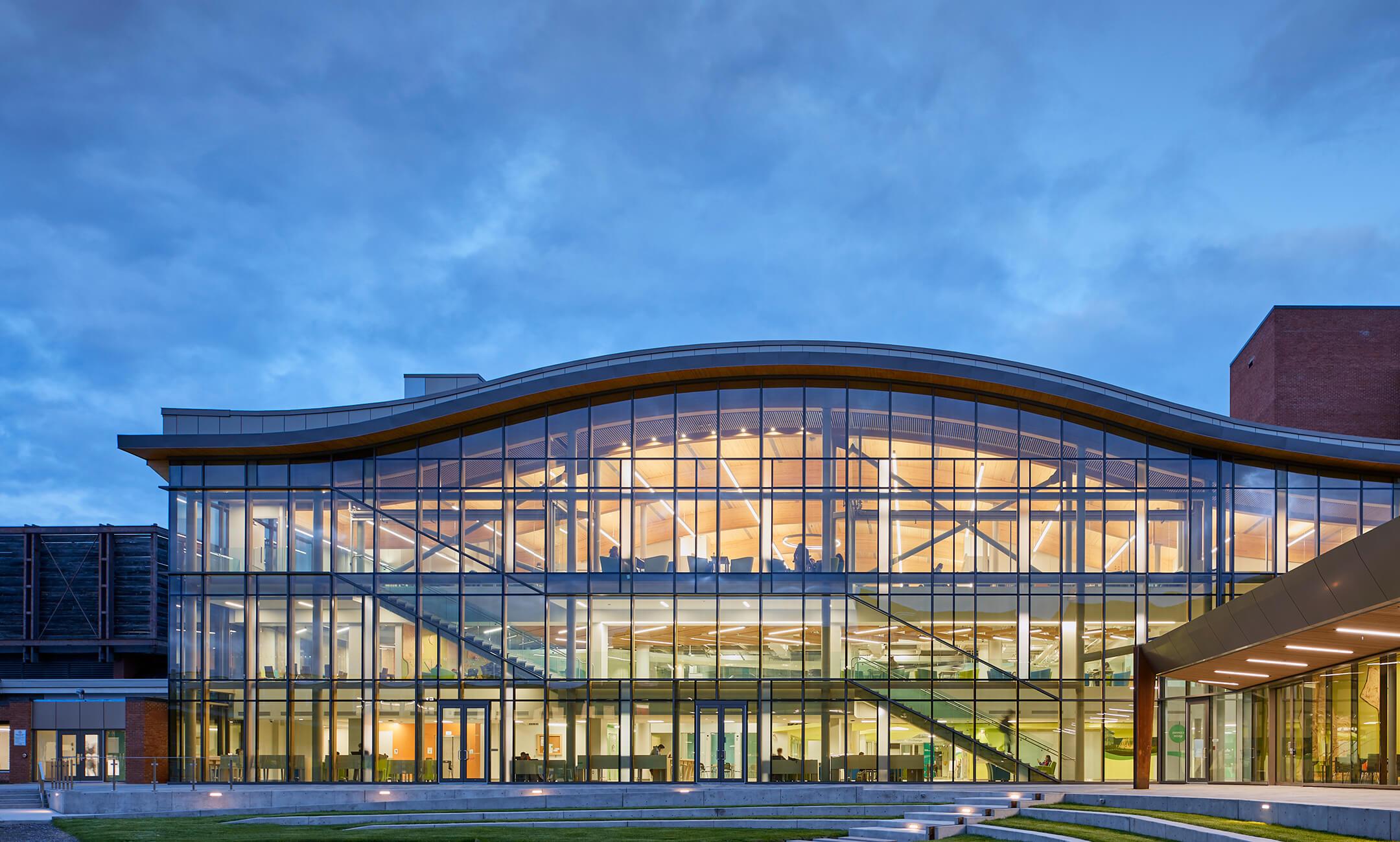 Giới thiệu về Ottawa và Algonquin College
